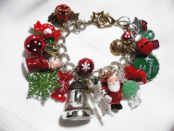 Clause Charm Bracelet
