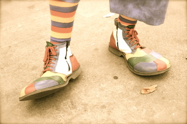 Clown_feet
